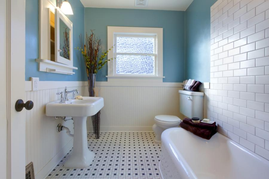 Бюджетный ремонт в ванной комнате своими руками