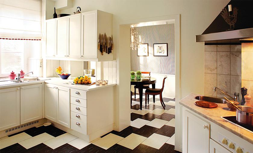Плитка на полу в кухне