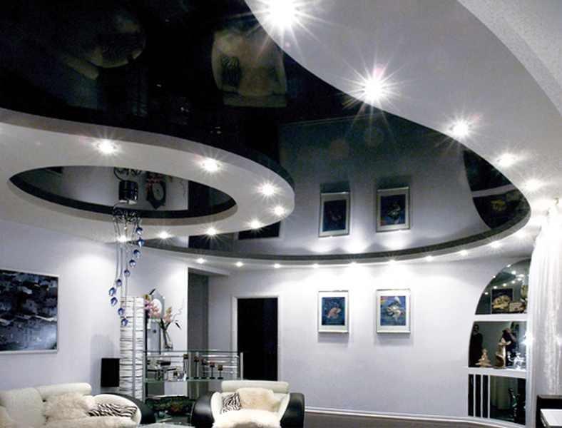 Какие преимущества имеет натяжной потолок в сравнении с гипсокартонным