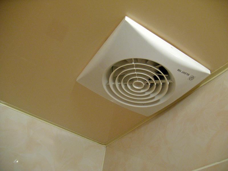 Вентиляция в натяжном потолке своими руками