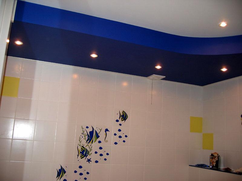 Гипсокартоновый потолок в ванной