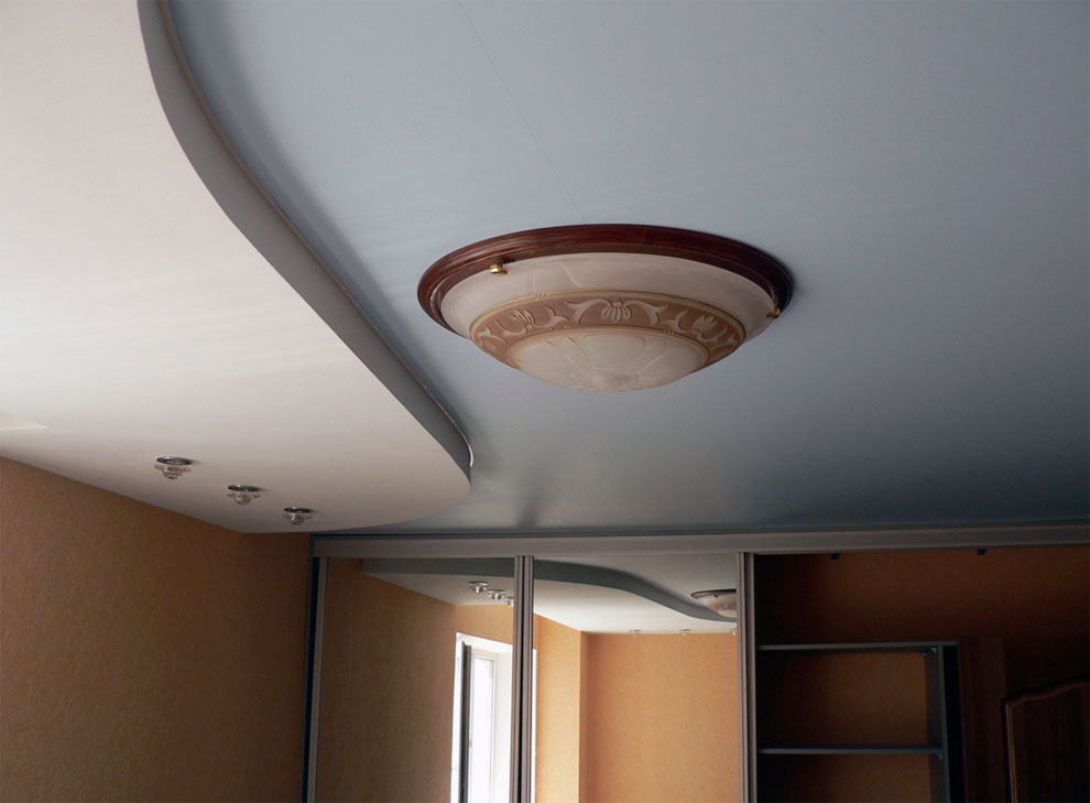 Двууровненый потолок