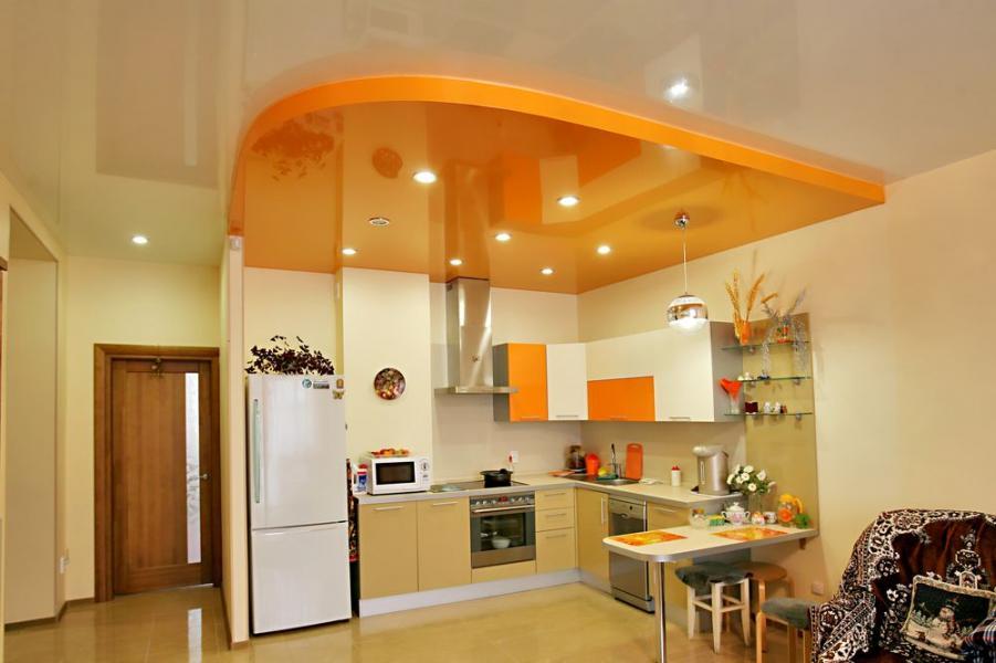 Как выбрать натяжной потолок для кухни