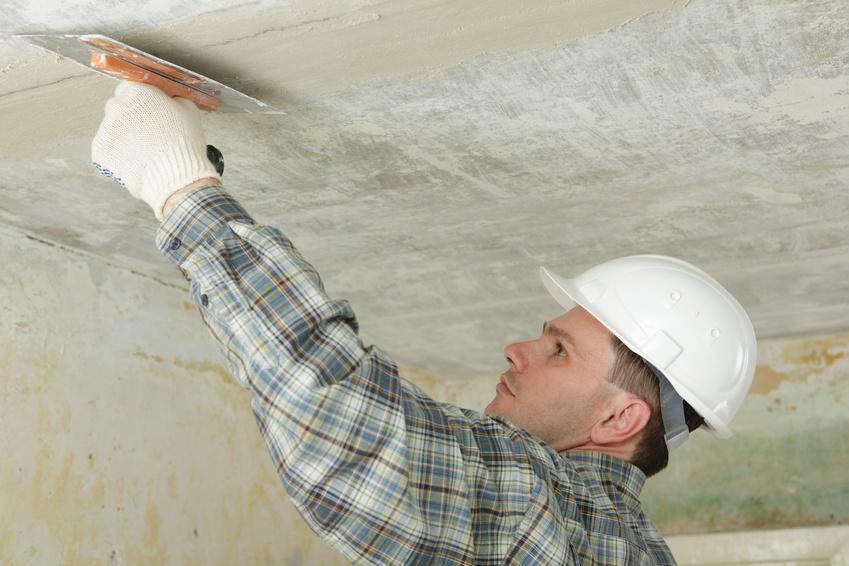 Как шпаклевать потолок под покраску своими руками