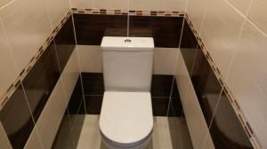 Туалет в черно-белых тонах